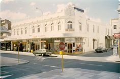 Corner of Hay Street and King Street, 1980. This building is now occupied by a Gucci store.