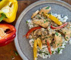 Κοτόπουλο αλά κρεμ | Συνταγή | Argiro.gr Thai Red Curry, Chicken, Ethnic Recipes, Food, Cooking Recipes, Kochen, Essen, Yemek, Buffalo Chicken