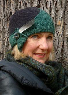 Alice Cloche Free Cloche Hat Knitting Pattern | Cloche Hat Knitting Patterns, many free knitting patterns at http://intheloopknitting.com/free-cloche-hat-knitting-patterns/