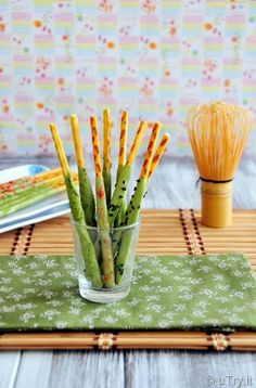 Check out how to make Homemade Matcha (Green Tea) Pocky with video tutorial.  http://uTry.it
