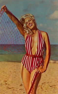 41 Postcards of Beauties in Swimsuits That Make You Irresistible ~ vintage everyday Vintage Outfits, Vintage Fashion, Vintage Clothing, Vintage Swimsuits, Beachwear, Swimwear, Bathing Beauties, Vintage Beauty, Tankini