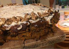 Šťavnatý mrkvový koláč s mascarpone - recept | Varecha.sk Desserts, Food, Mascarpone, Tailgate Desserts, Meal, Dessert, Eten, Meals, Deserts