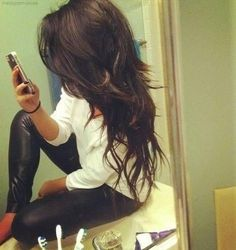 Modne cieniowane długie włosy, fryzura / Long layered hair