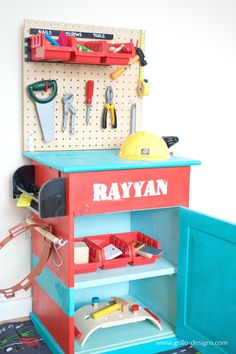 DIY Kids Tool Bench • Grillo Designs
