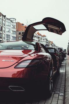 Mercedes-Benz SLS  AMG (Via riqueza-de-la-vie )