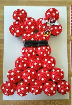Make your own Minnie Mouse cake by using JUST cupcakes!! This was made by Teresa R. and she said she used the same piping tip as you use for rosettes. Just frost 22 cupcakes with red and put white dots on top. Print off a Minnie Mouse figure from online and stick it on top. Add …