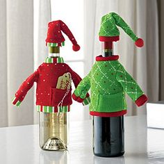 These Bottle Covers are adorable! They dress up a plain bottle of wine and make it the perfect holiday gift!