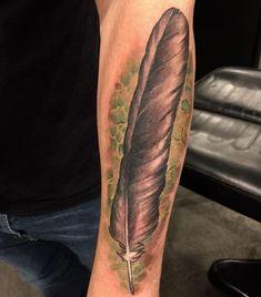 1001 coole l wen tattoo ideen zur inspiration l win tattoo tattoo motive und graues tattoo. Black Bedroom Furniture Sets. Home Design Ideas
