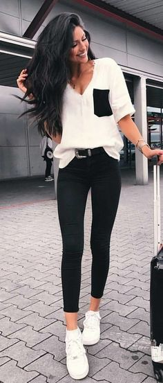 #summer #outfits White Knit + Black Skinny Jeans + White Pumps