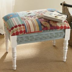 LOVE the whole boho style! I can refurb a bench to this myself... maybe even make one! So pretty