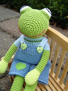 Crochet Frog Fred ♥ von Schneckenkind auf DaWanda.com