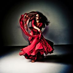 Helia Bandeh - Workshops by Helia Bandeh in London, Stockholm and Rome - http://www.helia.nl/international/Default.aspx  28 & 29 June 2014, London, UK Dance Attic Studios Workshop weekend Persian Dance  14 June 2014, Stockholm, SE Sensus Workshop weekend Persian Dance  April - may 2014 Rome, IT IALS Workshop Classical Persian Dance