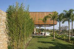 RSC Residence, Porto Feliz - SP, Brasil / Jacobsen ,© Leonardo Finotti