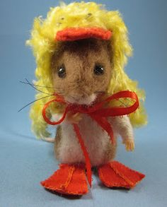 needlefelted mouse in duck costume, by Robin Joy Andreae