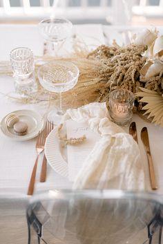 Combining textures, layers and luxury from Scenic rim bride Luxury Wedding, Boho Wedding, Rustic Wedding, Neutral Wedding Decor, Wedding Table Decorations, Wedding Table Settings, Wedding Designs, Wedding Styles, Minimal Wedding