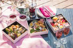 今年も江戸時代から桜の名所として親しまれてきた御殿山の庭園を望む、「東京マリオットホテル」の「SAKURA テラス」がオープン。限定テラスボックスもお目見えしている。