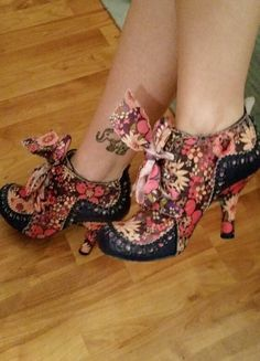 Item: Irregular Choice Ancle Boots