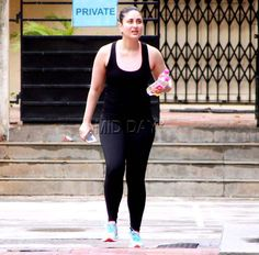 Kareena Kapoor Khan was dressed in casuals for her workout session in Bandra, Mumbai