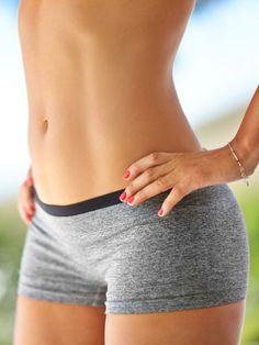 Atemübung für einen flachen Bauch