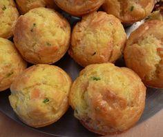 Découvrez la recette Muffins saumon fumé/ciboulette sur cuisineactuelle.fr.