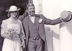 13 sept 1985 Oliver Reed marriage, Horsham register office, old town hall - archive photo by Mike Quick