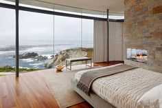 Themed Bedroom Minimalist Bedroom With Floor To Ceiling Glass Windows With Amazing Rocky Coastline Also Modern Fireplace Built In Brick Wall And Wooden Floor Create Natural Decor 10 Contemporary Bedroom Ideas with Beautiful Ocean View Awesome Bedrooms, Beautiful Bedrooms, Beautiful Homes, Beautiful Ocean, House Beautiful, Interior Exterior, Interior Architecture, Interior Design, Room Interior