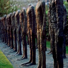 "I miss eating lunch outside and having a wonderful view of ""Bronze Crowd"" by Magdalena Abakanowicz at the Nasher Sculpture Center. Magdalena Abakanowicz, 3d Studio, Famous Art, Wow Art, Contemporary Sculpture, Small Art, Outdoor Art, Forest Park, Installation Art"