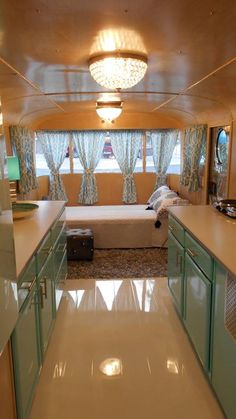 142 Amazing RV Camper Interior Renovation for Happy Camper Trailer Decor, Trailer Interior, Rv Interior, Interior Lighting, Caravan Interior Makeover, Caravan Decor, Lighting Ideas, Vintage Camper Interior, Vintage Airstream