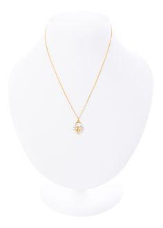 7a7727166ae4 Collar dije corazón con zirconias. Medida  45 cm. Baño de oro. Joyería