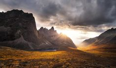 These Are The 35 Best Pictures Of 2016 National Geographic Traveler Photo Contest - Tombstone Impression, Yukon, Canada Photographie National Geographic, National Geographic Photography, National Geographic Photo Contest, National Geographic Travel, Landscape Photography, Nature Photography, New Wallpaper Hd, Field Wallpaper, Sunrise Mountain
