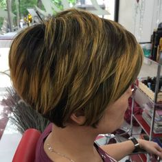 Tapered Pixie Bob With Highlights