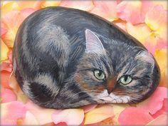 Chats peints sur galets by Yvette Bierdermann / Magnifique !!! -                       BONHEUR DE LIRE