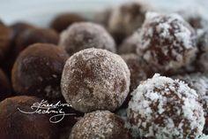 Rumové kuličky s kokosem recept: nepečené cukroví │Kreativní Techniky Muffin, Cookies, Chocolate, Baking, Breakfast, Desserts, Food, Switzerland, Travel
