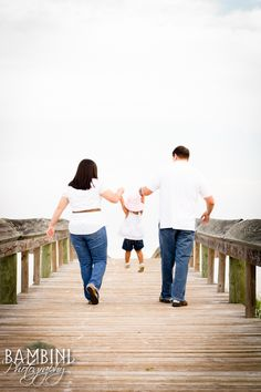 family beach photo shoot ideas - Google Search