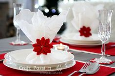 Love this <3 christmas napkin ring crochet free pattern...use a heart for Valentine's Day <3