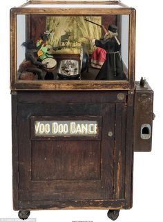 Creepy collectibles from America's oldest theme park auctioned Vintage Games, Vintage Toys, Penny Arcade, Retro Arcade, Retro Images, Arcade Machine, Old Coins, Antique Toys, Pinball