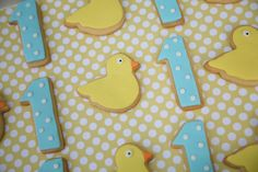 A little Polkadot: Blue & Yellow Ducky 1st Birthday