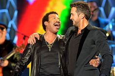 Luke Bryan Gets a Piano Lesson From Lionel Richie [Watch]  ||  Luke Bryan is forming new friendships with his fellow American Idol judges Lionel Richie and Katy Perry. http://tasteofcountry.com/luke-bryan-piano-lesson-lionel-richie-video/?utm_campaign=crowdfire&utm_content=crowdfire&utm_medium=social&utm_source=pinterest