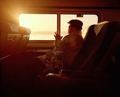 Le Monde / Train de vies. - McNair Evans