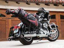 New Products   Milwaukee Golf Caddy A sturdy rack that allows you to carry any size golf bag on your bike. Torn between riding or playing a round of golf? Now you can do both, with the Milwaukee Golf Caddy—a sturdy rack that allows you to carry any size golf bag on your bike.