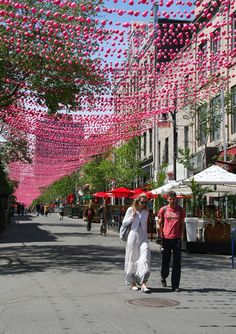 Montreal in 10 Pictures (and why Québec is in my travel wish list for this summer) - Skimbaco Lifestyle Montreal Travel, Old Montreal, Montreal Quebec, Montreal Canada, Quebec City, Canada Summer, Canada Holiday, Backpacking Canada, Canada Travel