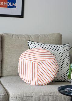 DIY Striped Round Cushion by Craft Hunter Blog