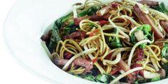 Boodschappen - Pittig gebakken noedels met ham en spinazie