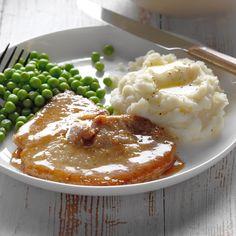 100 Cast-Iron Recipes for Spring Good Enough, Pork Loin Chops, Pork Cutlets, Schnitzel Recipes, Pork Schnitzel, Pork Recipes, Cooking Recipes, Recipies, Beans And Cornbread