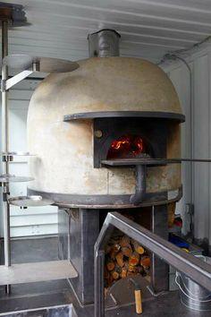 Traditional Pizzeria Foodtrucks - Jon Darsky Del Popolo Delivers Pizza to the San Francisco Area (GALLERY)