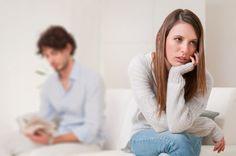 Pesquisa revelou que 75% das mulheres apontam o Smartphone como um problema na vida entre os casais. #meameoumedeixe