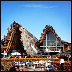 #Milano #expo #expo2015 #padiglionecina #china #settembre #2015 #milan #sun #sunny #sunnyday #saturday #picoftheday #september #bestoftheday #photooftheday #instalike #art #architecture #milanodavedere #pic #photo #fun #italia #italy #blue #sky #amazing #beautiful #experience by waltercaruso