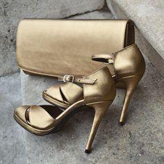 #the5thelementshoes #goldbronze #sandals #rosettishowroom #evening #occasion #highheels