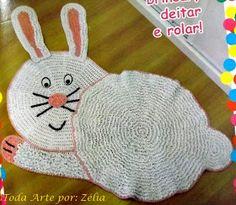 Tapete de croche infantil em formato de coelho com passo à passo