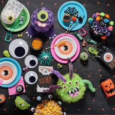 Throw your little guys & ghouls a monster bash. Start with a black, cobweb-covered tablecloth, then add plates and decorations in eye-popping neon colors. Don't forget to fill some favor bags! Fun Diy Crafts, Diy Craft Projects, Fall Crafts, Crafts To Make, Crafts For Kids, Toddler Crafts, Holiday Crafts, Fall Halloween, Halloween Crafts